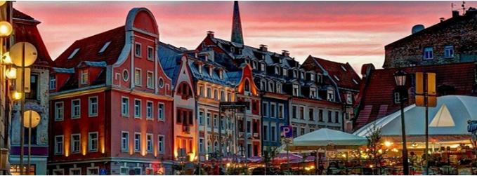 Алматинец обманул 150 человек, обещая трудоустроить их в Латвии за 500 тысяч тенге